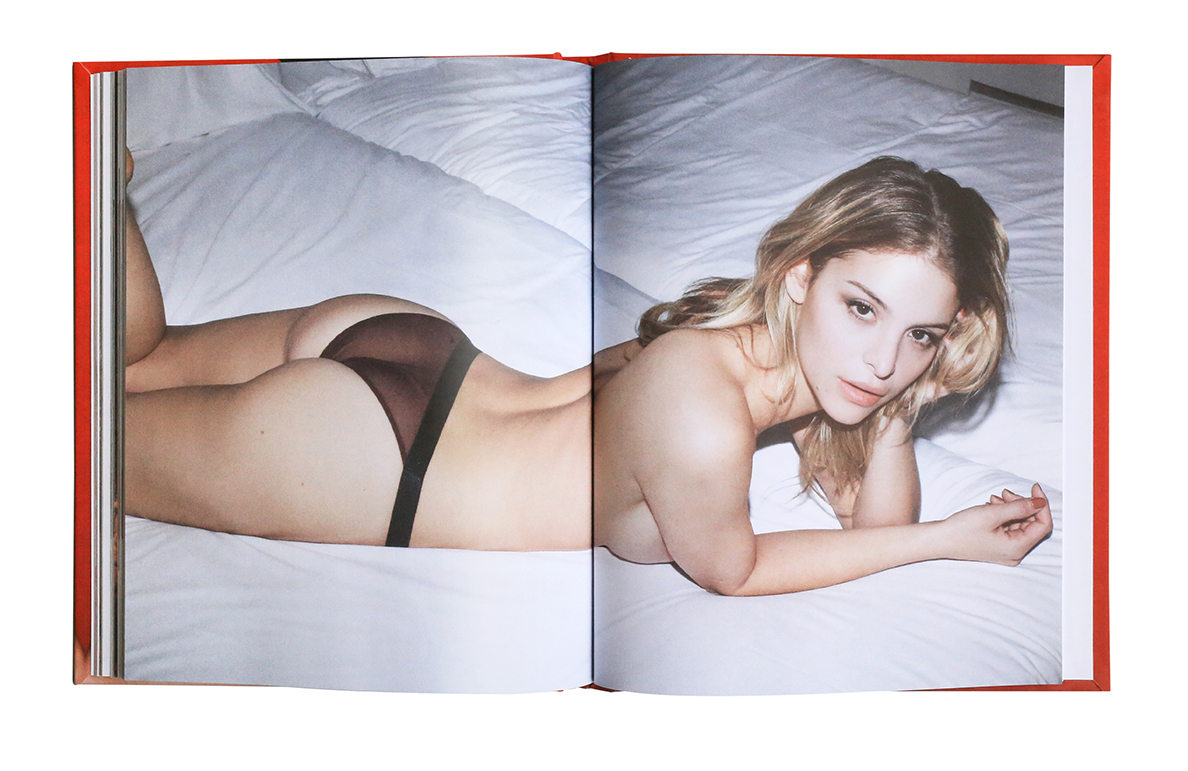 'NUDE BOOK' BY LEONARDO GLAUSO {EDITORIAL/NSFW}