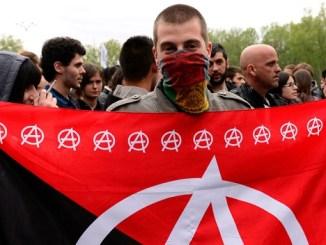Pertarungan Marxisme dan Anarko Sindikalisme