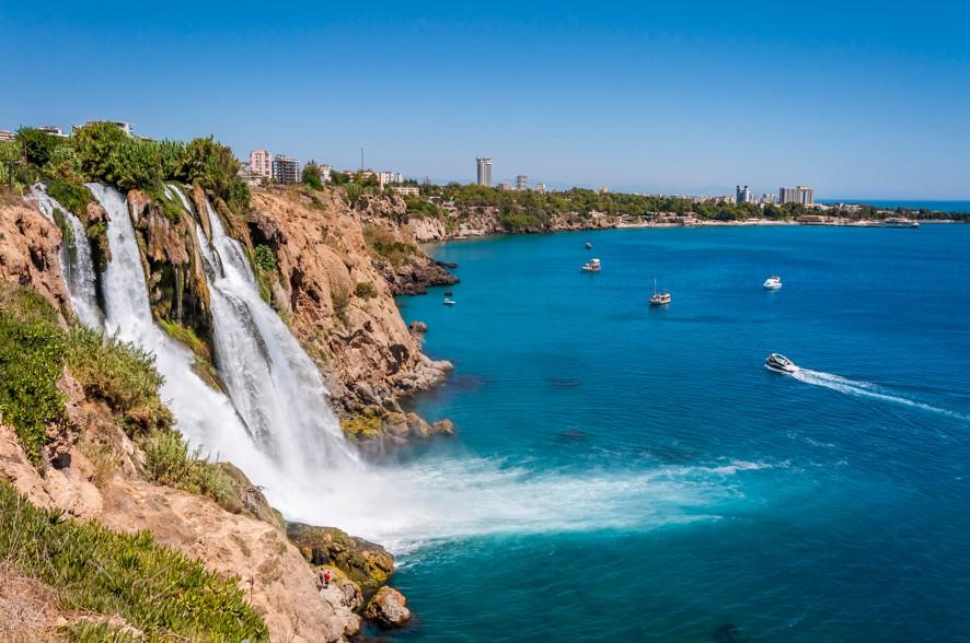 Duden Waterfall in Antalya, Turecko