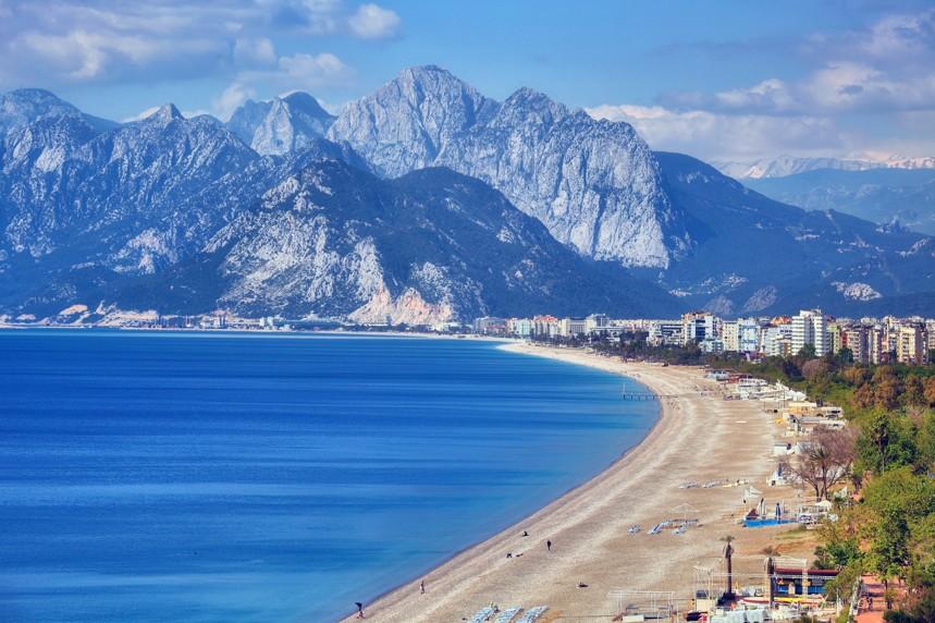 Konyaalti pláž, Antalya, Turecko