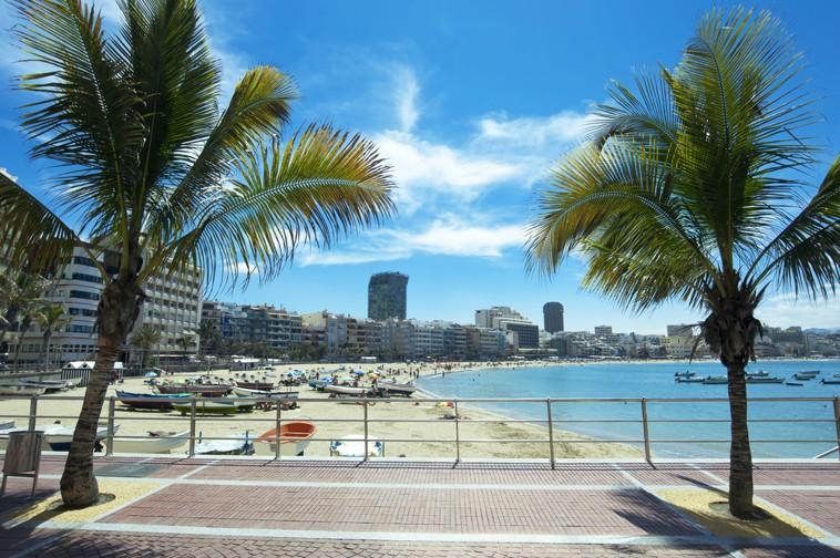 pláž Canteras, Las Palmas, Gran Canaria, Kanárské ostrovy