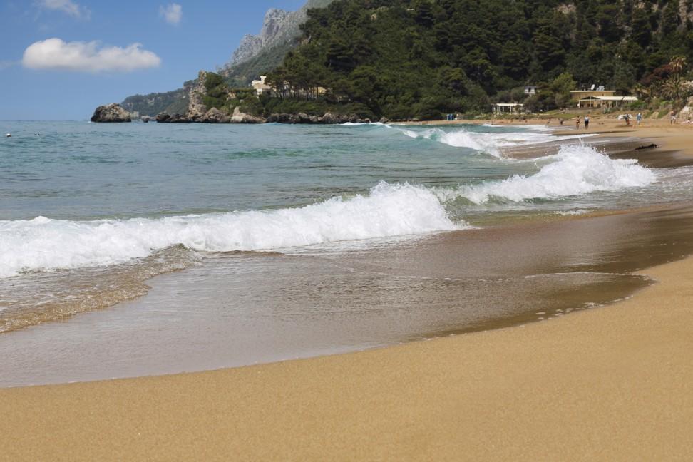Pláže Glyfada na ostrově Korfu