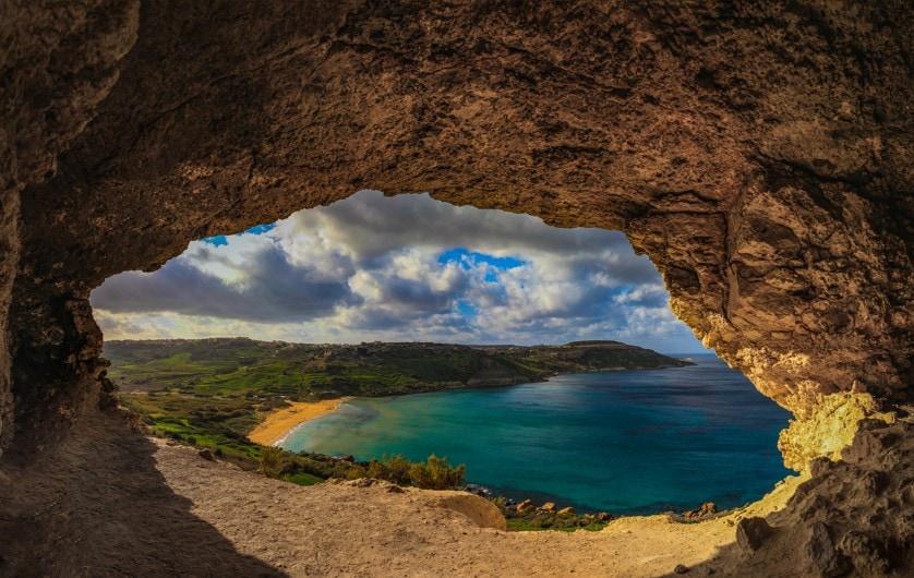 Ramla l-Hamra Bay, Gozo, Malta