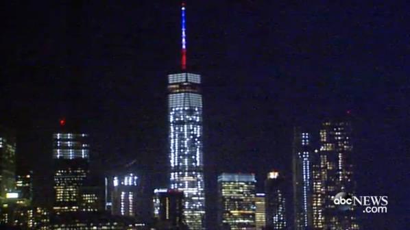 World trade center en hommage aux attentats de Paris