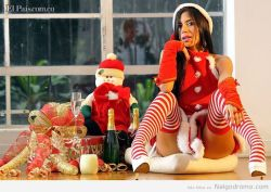 Santa: si me porte bien! Tréeme a Lorena Orozco!