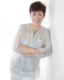 Sandra Owens, author professional portrait.