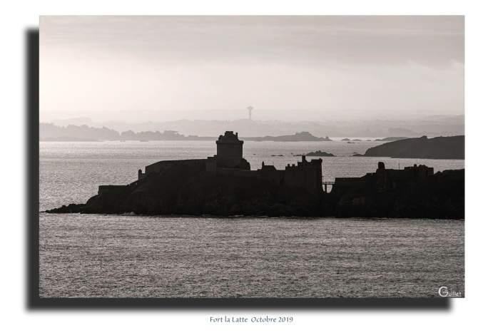 Tableau le Fort la Latte en noir et blanc