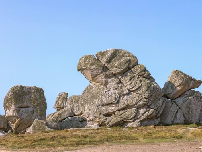 Rocher ou elephant de mer statufié à Ouessant
