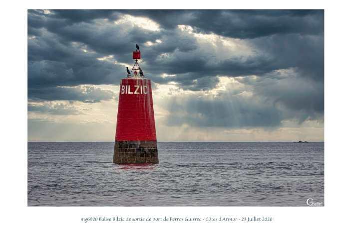 portfolio du photomarcheur - balise Bilzic Port de Perros Guirec