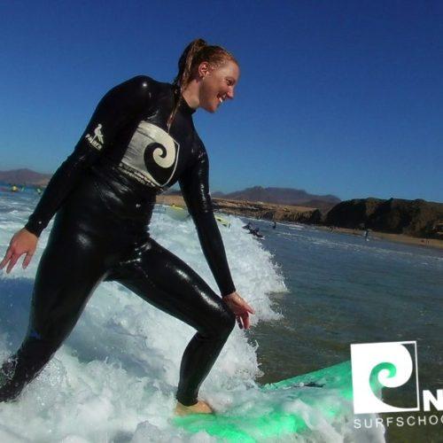 Nalusurf Surfschule und Surfcamp Fuerteventura - Surfkurs in La Pared - Dezember 2018v