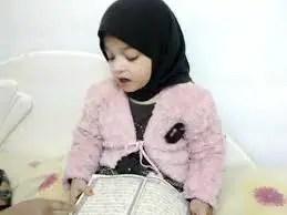 Nama Bayi Perempuan: Rangkaian dan Arti Nama Ayra
