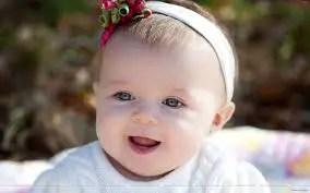 Nama Bayi Perempuan: Rangkaian dan Arti Nama Vania