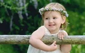 Nama Bayi Perempuan: Rangkaian dan Arti Nama Arsha