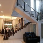 Rumah Mewah Di Jelambar, Jakarta Barat