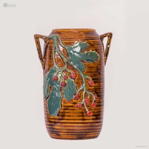 NA-cylindrical-embossed-vase-with-double-handles