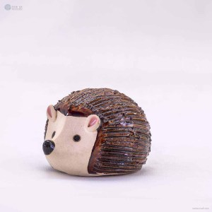 little-brown-hedgehog-figurine-ornaments-animal-model-gift-for-home-garden-statue-decorative-crafts