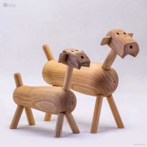 NA-my-bff-wooden-dog-figurine-crafts-and-gifts-home-decor-wooden-animal-figurines