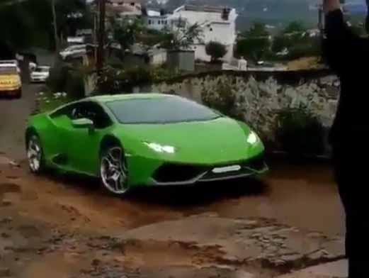 Lamborghini Huracan Fighting Broken Roads