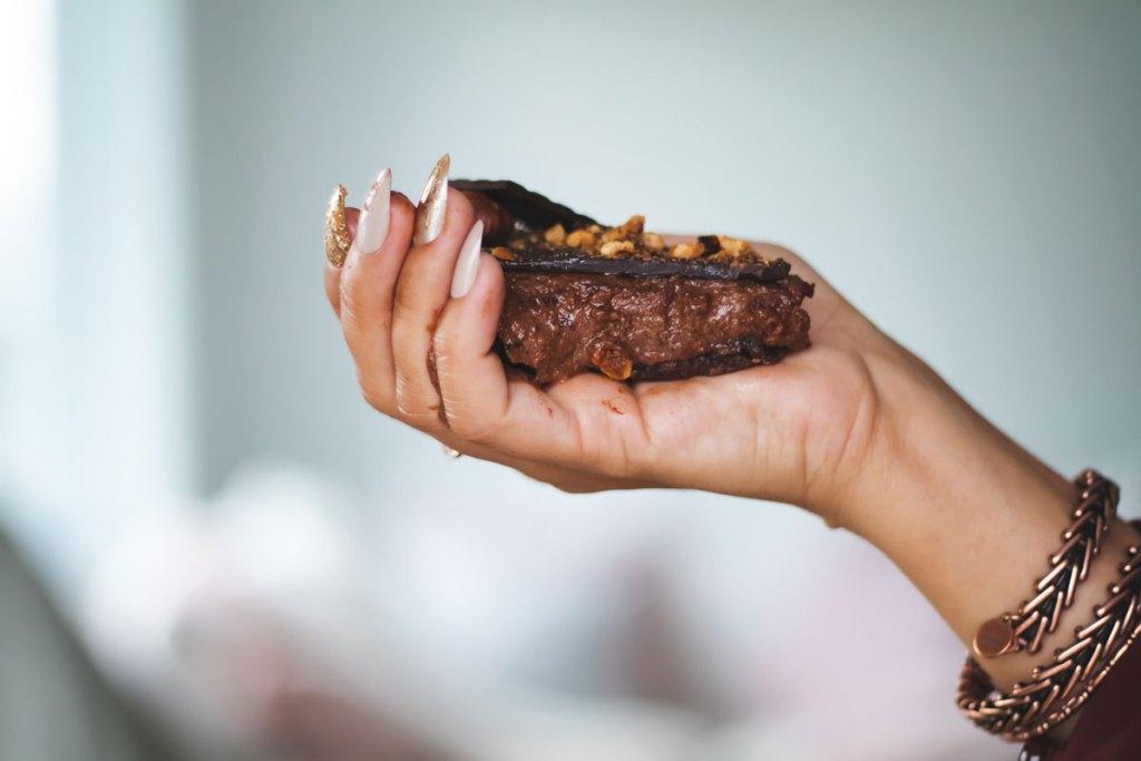 Gâteau chocolat noisette sans cuisson - recette paléo