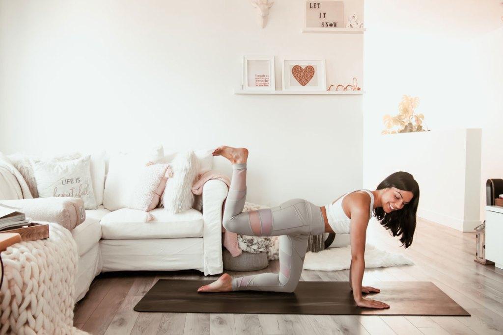 Yoga pour renforcer les fessiers
