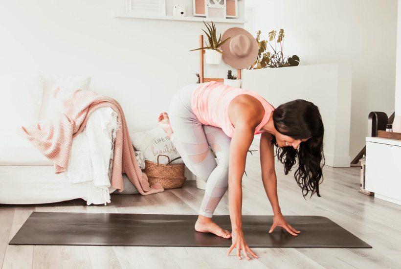 Routine de yoga abdos & fessiers | Namasté & Coco Latté