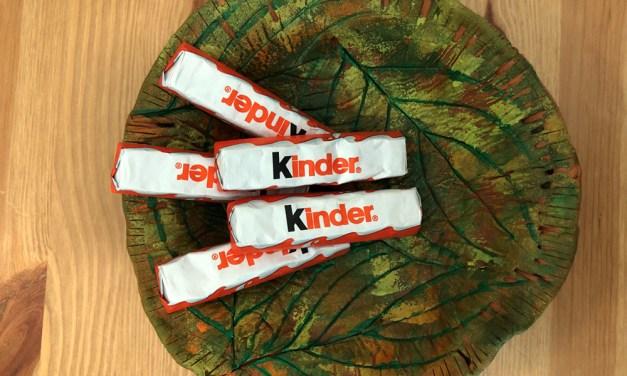 Leaf Print Clay Bowl