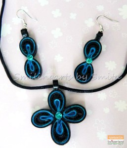 Photo of jewellery made by quilling