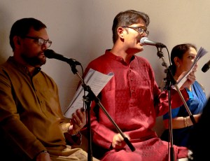 Photo of voice artistes of A Baithak of 3 stories