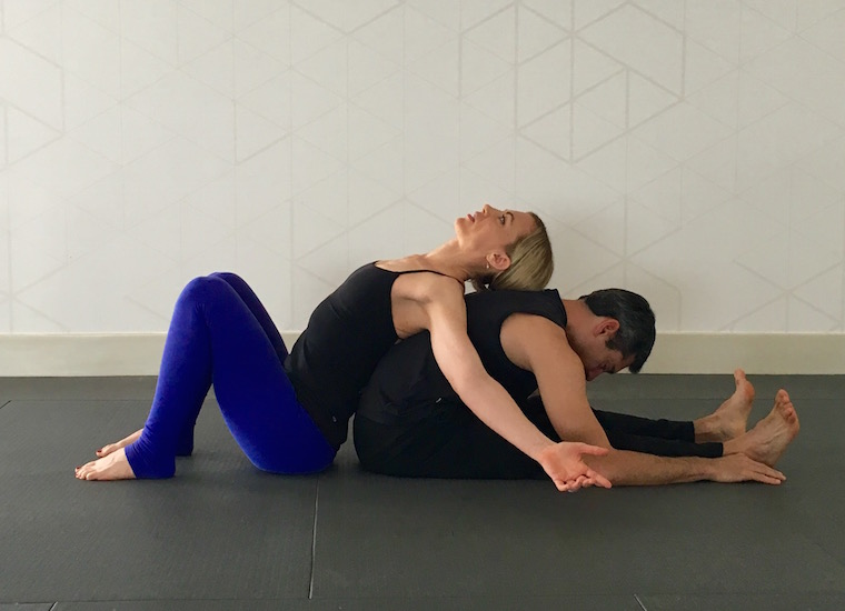 5 Reasons Why Partner Yoga Is A Great Idea for Couples