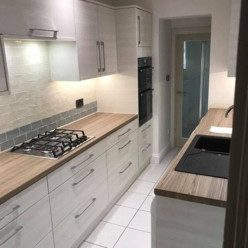 FITTED KITCHEN INSTALLATION DESIGN AND BUILD HALE HALE BARNES BOWDEN ALTRINCHAM MERE LYMM KNUTSFORD WARRINGTON CHESHIRE RIP OUT AFTER