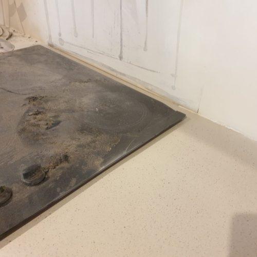 BADLY DAMAGED KITCHEN WORKTOP PAN BURN AFTER