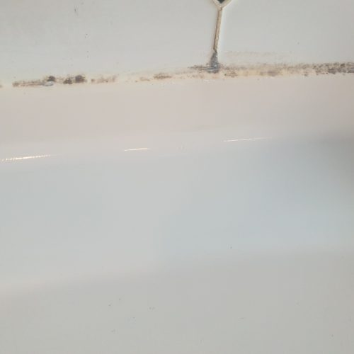 STONE RESIGN SHOWER TRAY CHIP REPAIR WILMSLOW BEFORE