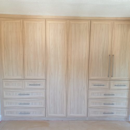 BEDROOM WARDROBE SPRAY PAINTING COLOUR CHANGE MANCHESTER BEFORE