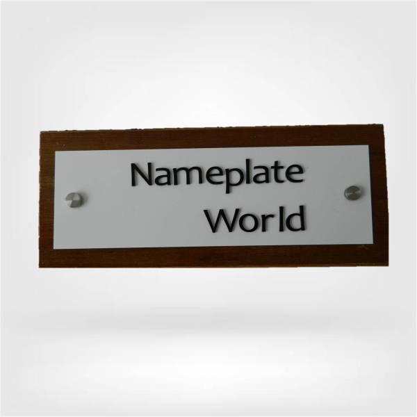 NameplateWorld Designer nameplate