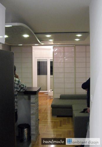 Hodnik, dnevna soba, spavaća soba, terasa