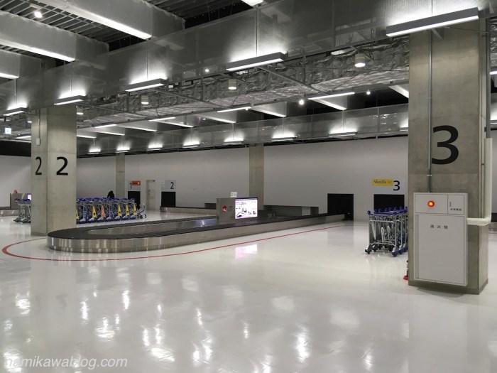 成田空港第3ターミナル国内線手荷物受取所・出口側から撮影
