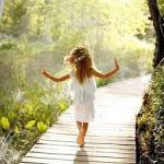 幸せ物質をつくるのは腸内細菌の役目