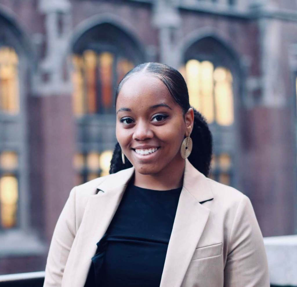 Member Spotlight: Azsaneé Truss