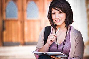 female-college-student2