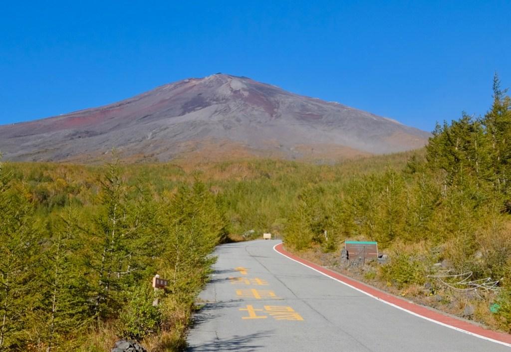 あざみラインから富士山
