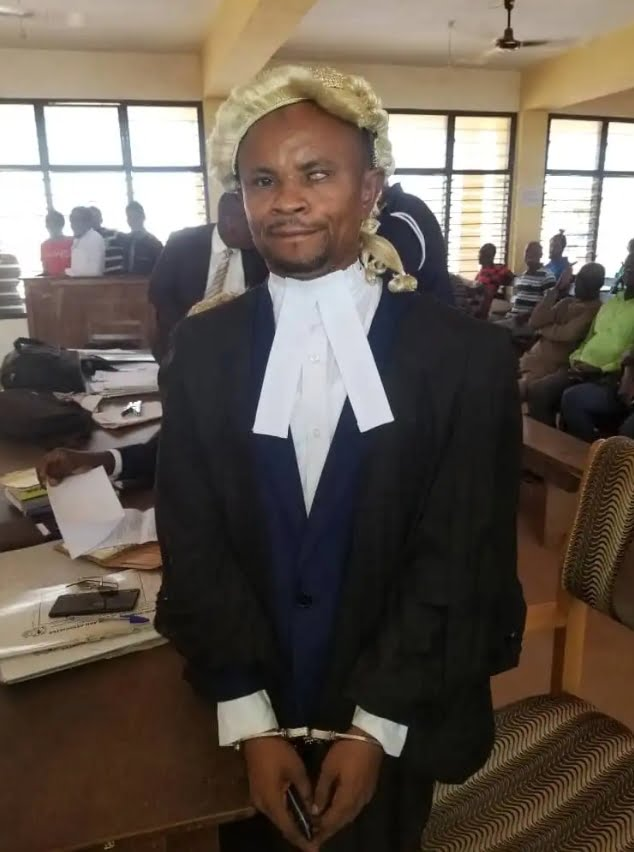 A fake lawyer arrested in Techiman 14