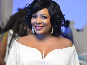 Gloria Sarfo shares first-ever photos of her beautiful mother on her 65th birthday
