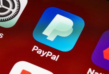 PayPal increases cryptocurrency purchase limit to $100,000