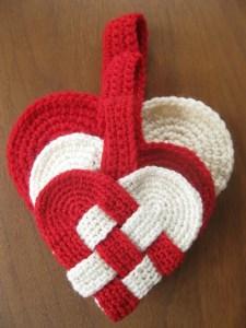 Danish Heart Crochet Pattern by Alipyper