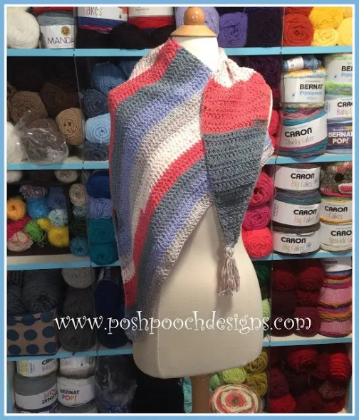 Cotton Picnic Wrap by Posh Pooch Designs part of a roundup at Nana's Crafty Home
