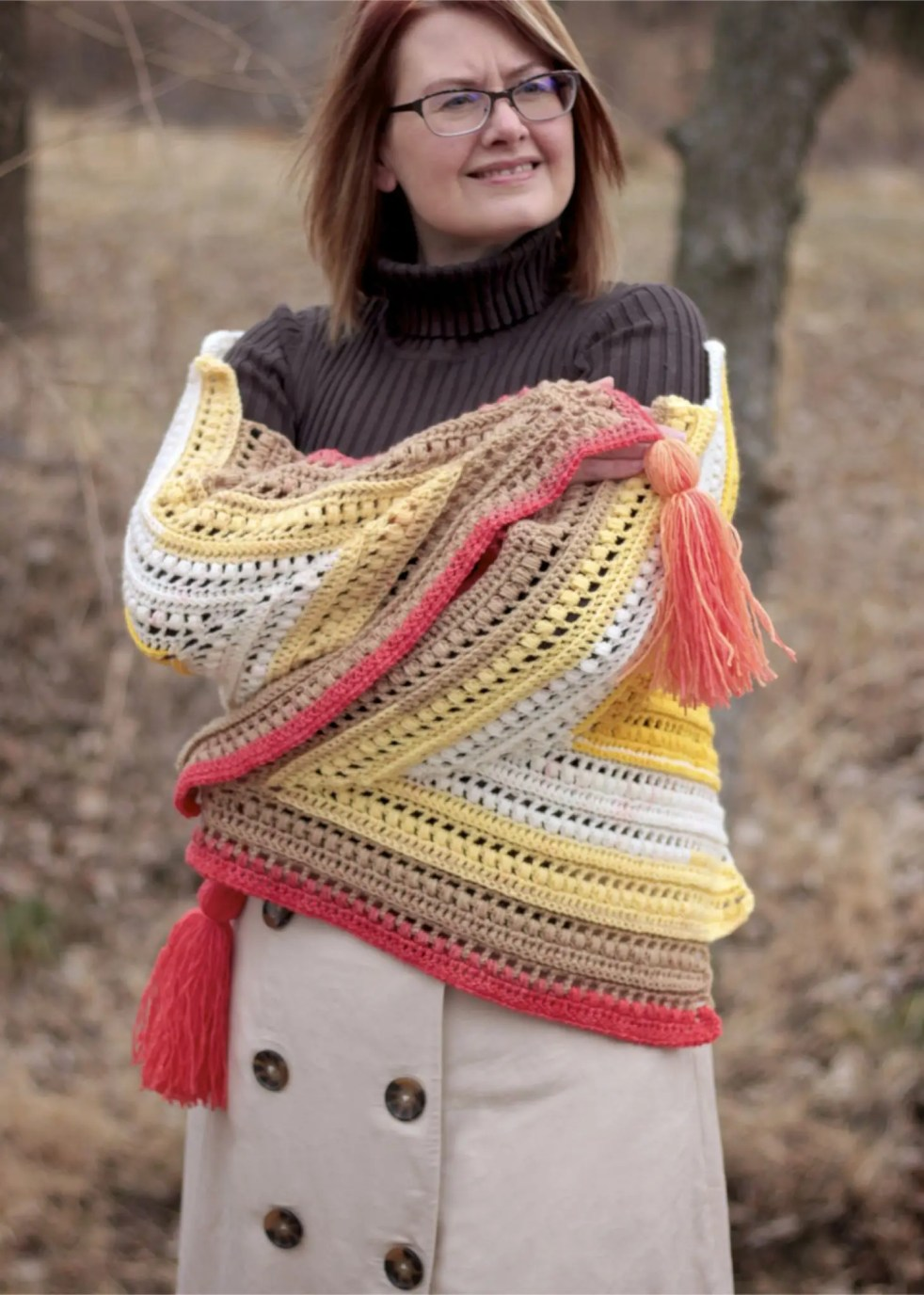 Wrap Me in Sunshine Shawl free crochet pattern