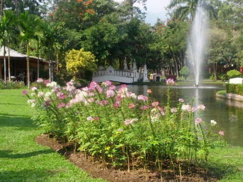 Suan Buak Hat - The ONLY park in Chiang Mai