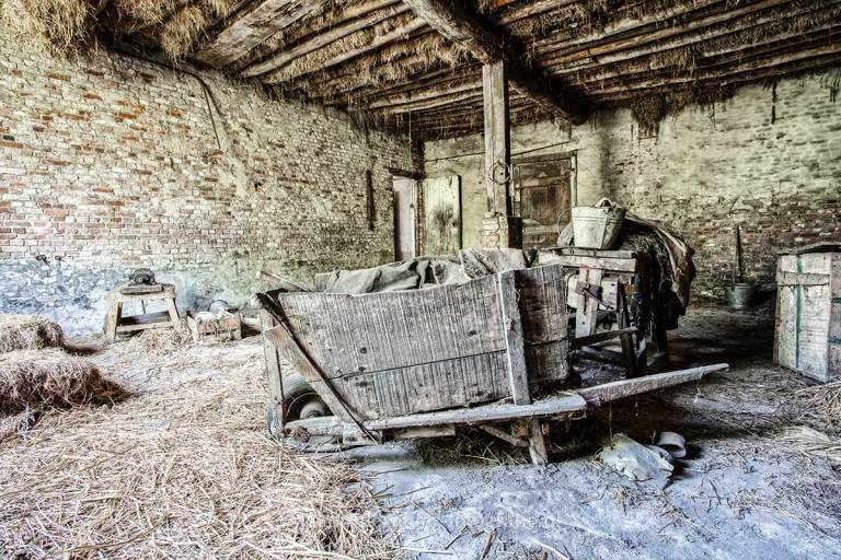 Farm Paternoster, kruiwagen, Urbexlocatie
