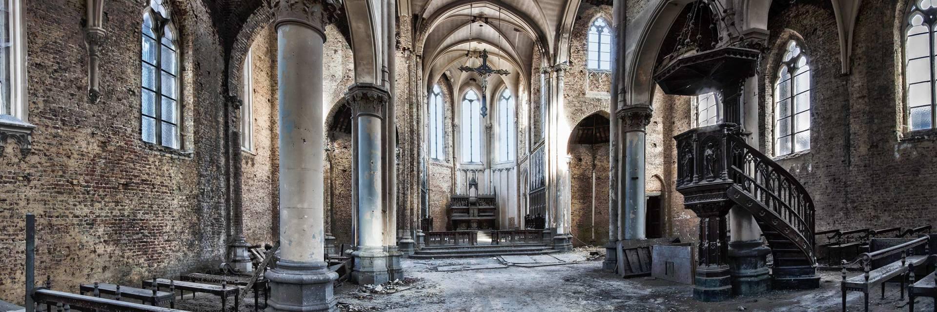 Blue Christ Church, urbexlocatie, vervallen, religie