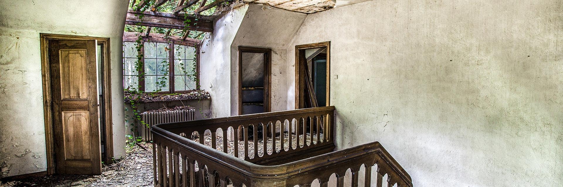 Villa SS, urbex, verlaten huis, verscholen, verlaten